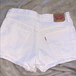 High waist Levi shorts
